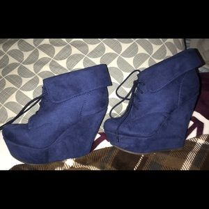 Shoes - Blue booties🎀